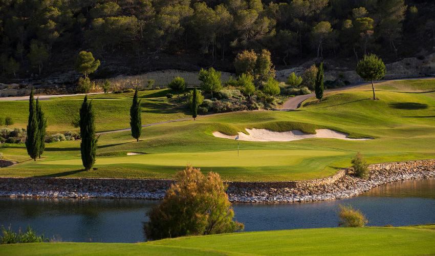 Las Colinas Golf & Country Club uitgelichte afbeelding