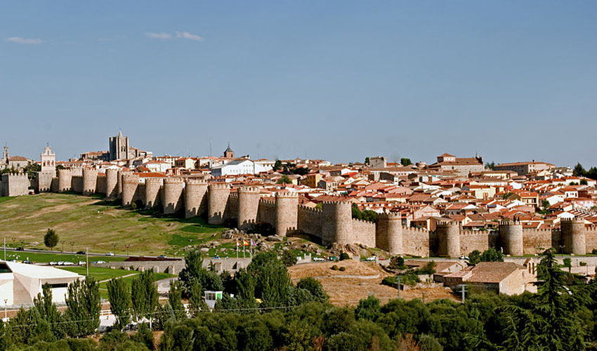 Avila and Segovia featured Image
